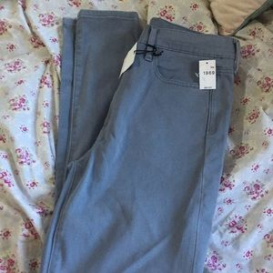 2 NEW GAP high rise skinny Navy and Grey S…